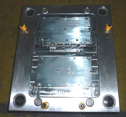 china injection mold maker making high quality moulds - INJECTION